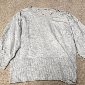 Gray 3/4 sleeve sweater